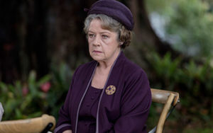 Noni as Elizabeth in APTCH